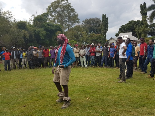 A farewell ceremony with the guides and porters